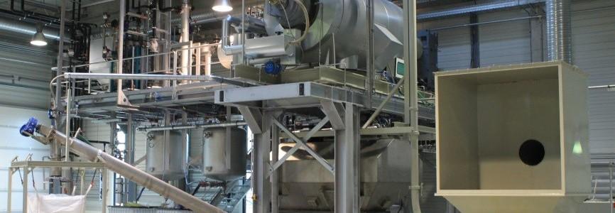 Mercury waste treatment